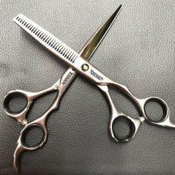 Kéo cắt tóc Toni